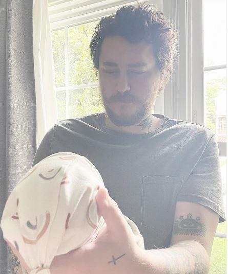Stella-Cyrus-welcome-baby-with-husband-Braison-Cyrus