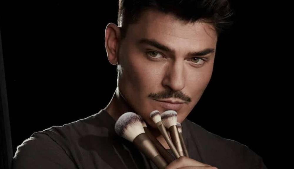 Here's Why Mario Dedivanovic Is An Inspiration To Gay Makeup Artist